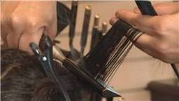 How To Use a Hot Comb